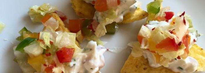 Tortillia Chips mit Dipp & Salat